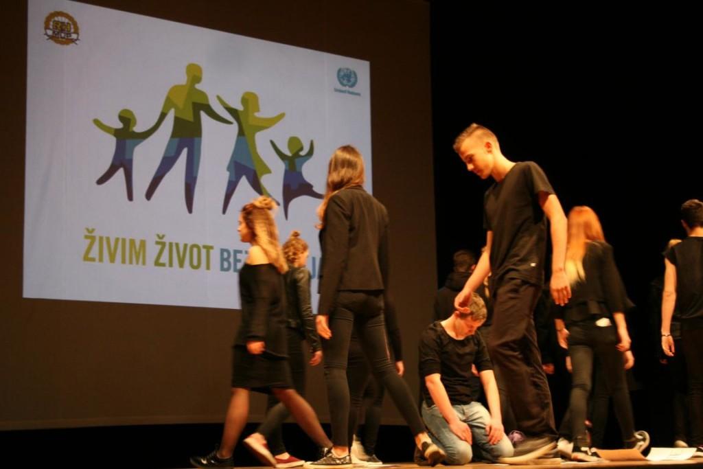 ZIVOT-BEZ-NASLJA-11